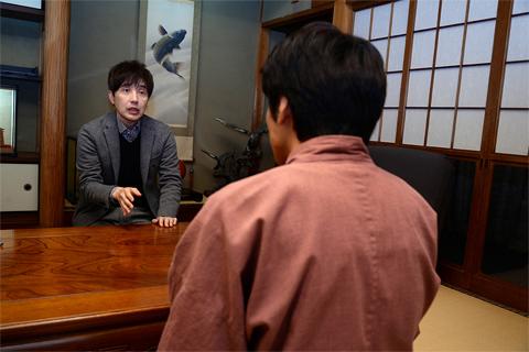 元チェッカーズのメンバー鶴久政治さん取材中の写真